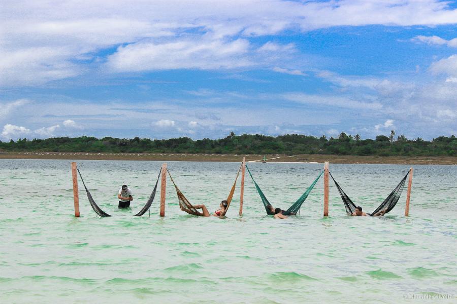 rede-na-praia-delta-do-parnaiba-1-marlei-turismo-marleiturismo.jpg