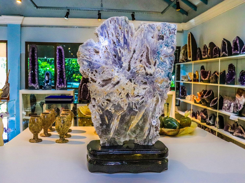 ametista-parque-museu-pedra.jpg